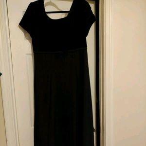 Black Choir Gown 12 velvet bodic